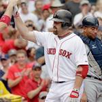 Adrián conecta 3 imparables en victoria de Boston sobre Seattle