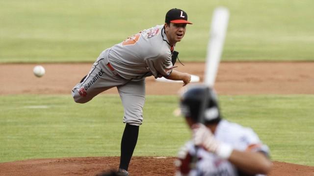 Brian Baker, pitcher derecho seleccionado por Hermosillo.