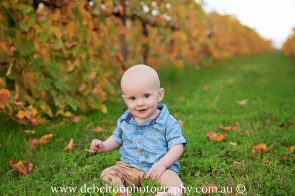 Family photography in the vineyard