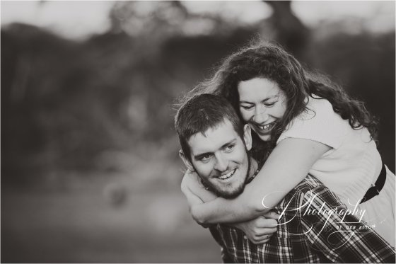 couplesphotographymclarenvale-77.jpg
