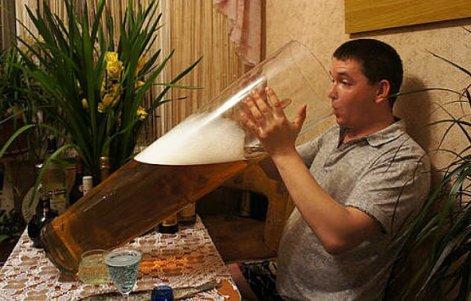 el-vaso-de-cerveza-mas-largo-del-mundo