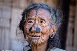 Conoce a la tribu Apatani: donde las mujeres deben usar tapones en la nariz