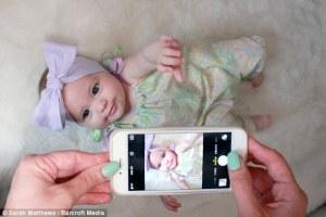 Esta fotogénica niña de ocho meses de edad, tiene más de 5.000 seguidores en Instagram y diseñadores están clamando por ella para que luzca sus diseños