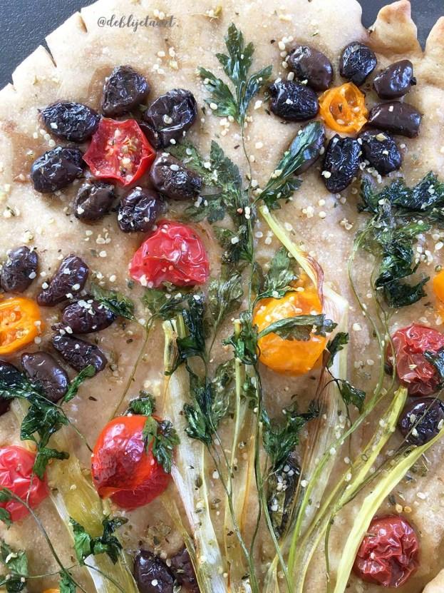 cadeau, de blije taart, eetbare bouquet, bouquet, recept, desem, desem focaccia, gezond bakken, wij blij ons lichaam blij, eetbare bloemen