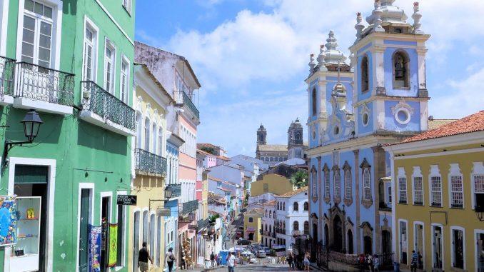 Passeio em Salvador pelo centro histórico de Salvador é uma das atrações do Tour.