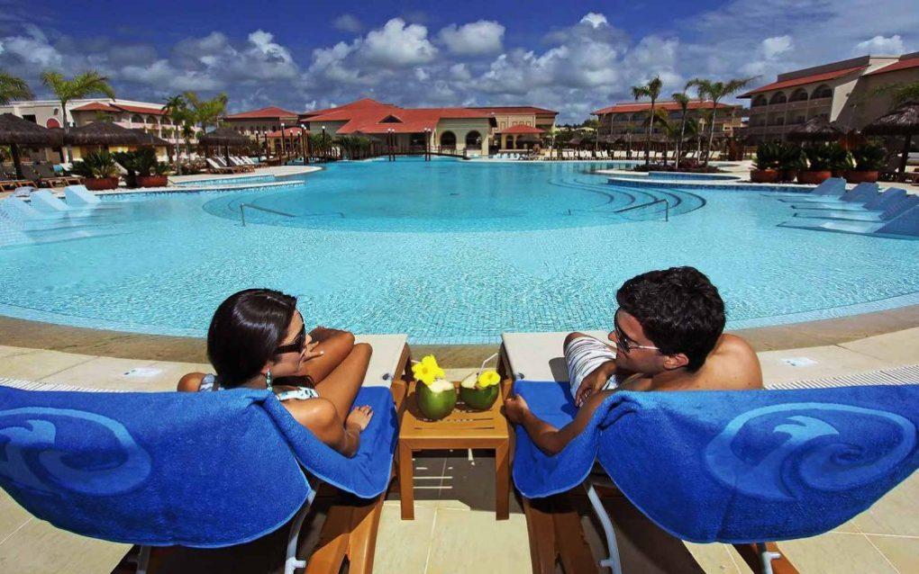 Imbassaí é um dos destinos mais procurados da Bahia. A região conta com muitos resorts. Traslado do Aeroporto para Hotéis e Pousadas em Imbassaí.