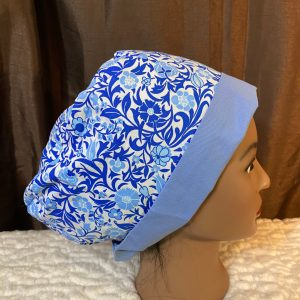 Scrub hat with blue flowers
