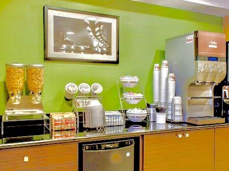 Photo of breakfast nook at the Sleep Inn