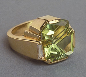 Ring Gold Aquamarine cut by munsteiner