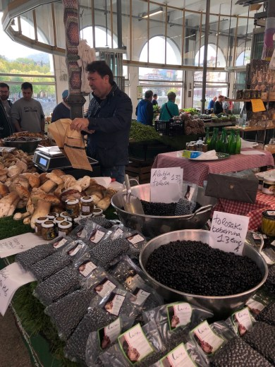 Tolosa market