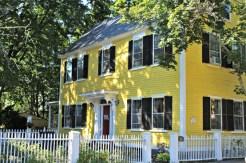 yellow-house-salem