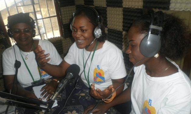 Devenez journaliste pigiste de Debout Congolaises!