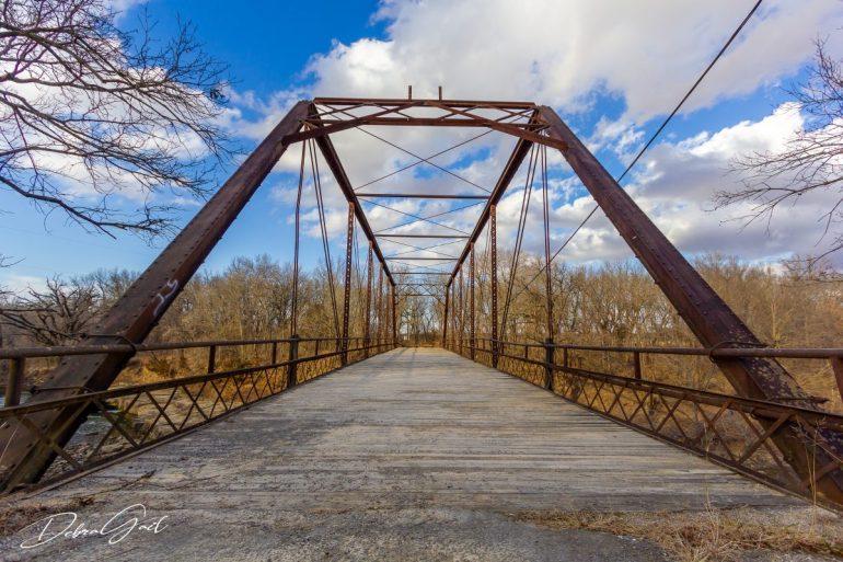 iron truss bridge elk falls kansas