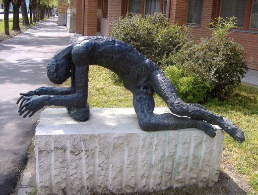 StatueTiredMan
