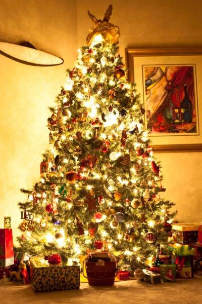 familyroomchristmastree