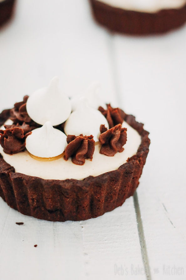 chocolade tartelettes met kastanjecreme