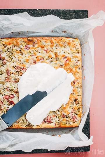 rabarber custard cake