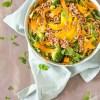 Frisse salade met mango en Hollandse garnalen