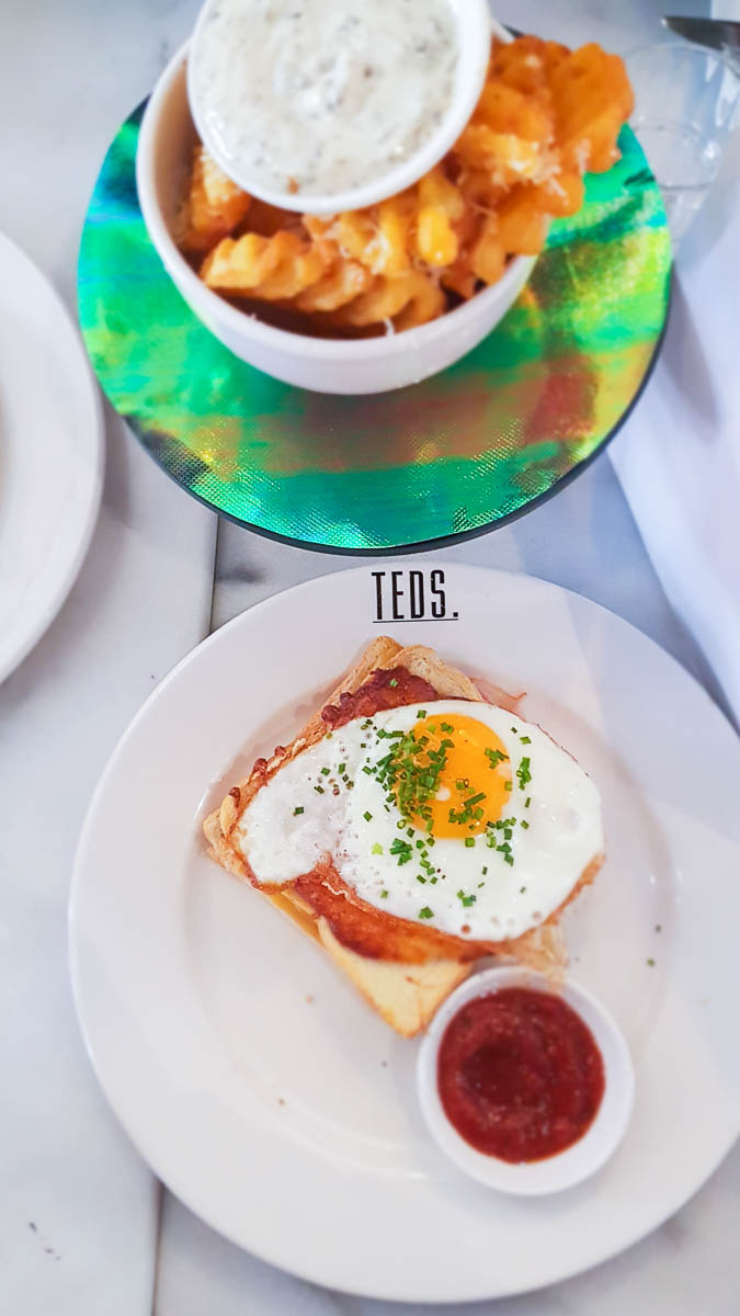 Ted's all day breakfast