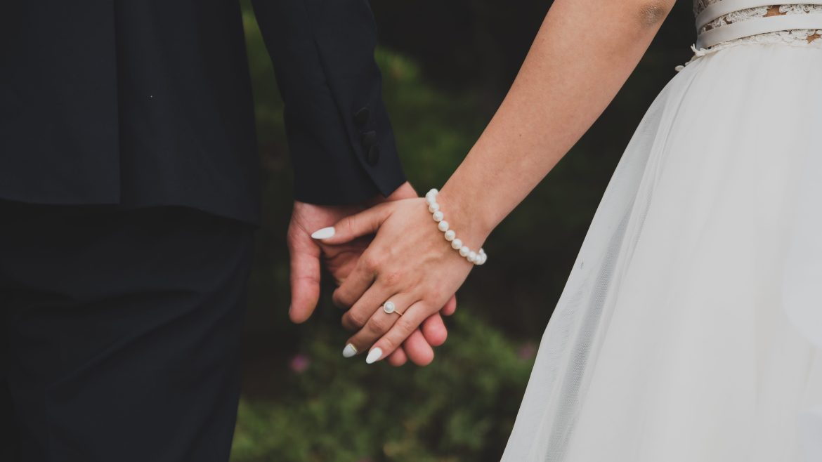 From Wedding Bells to Financial Hell: A Debt Free Diary