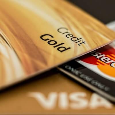 een creditcard zou gratis moeten zijn, debudgetman.nl