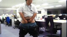 Japanese daddy handjob at his office