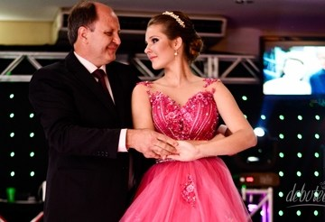 Festa Pink e Preto de Maria Vitoria Gazoni