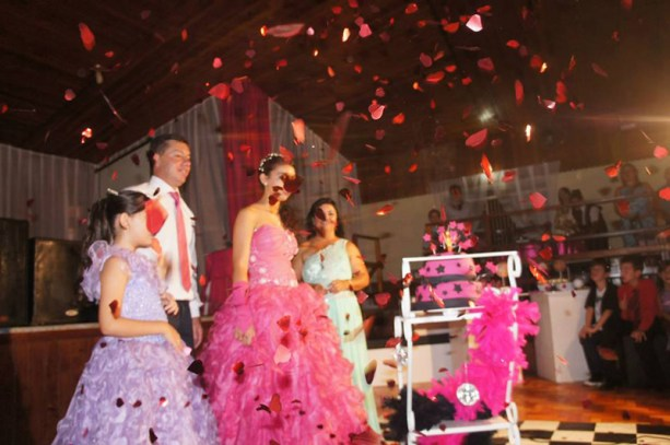larissa-vieira-rosa-pink-20