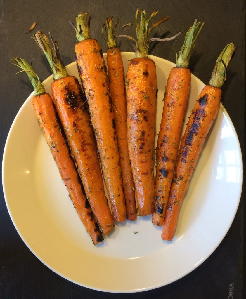 Gegrilde wortel met rozemarijn