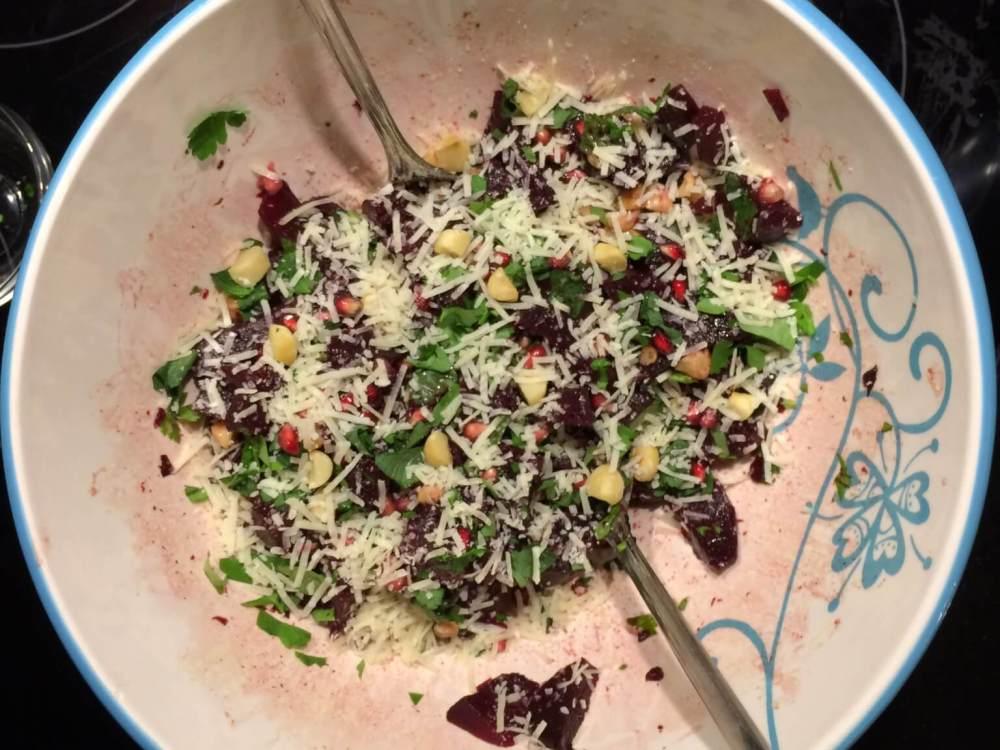 Salade met gepofte rode bietjes