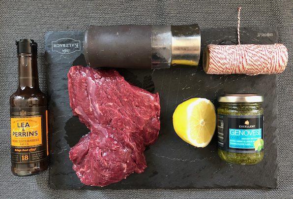 Ingrediënten rollade van bavette met pesto voor op de barbecue