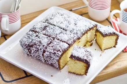 http://www.taste.com.au/recipes/21612/lamington+cake