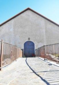 Tagaris Winery entrance