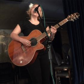 Singer, Gina Belliveau