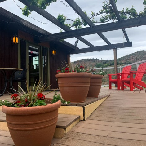 Hard Row to Hoe tasting room, Lake Chelan