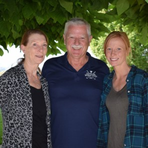Hedges Family, Anne-Marie, Tom and Sarah Hedges