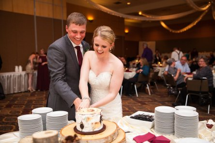 Cake Cutting | Amy Mae Photos