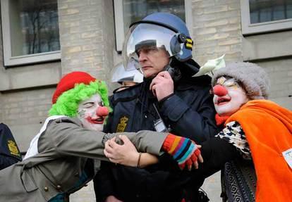 clown army 2