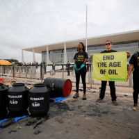 Brazilians crowdfunding fight against massive, mysterious oil spill