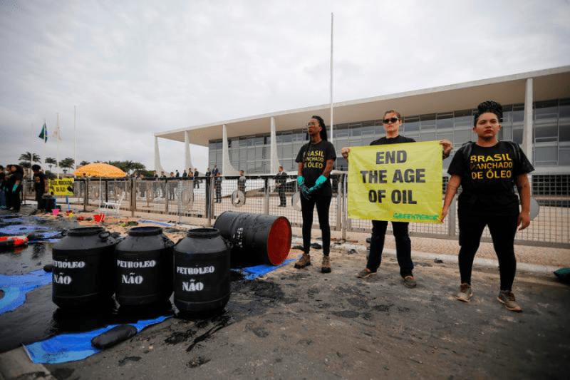 greenpeace demonstration brazil
