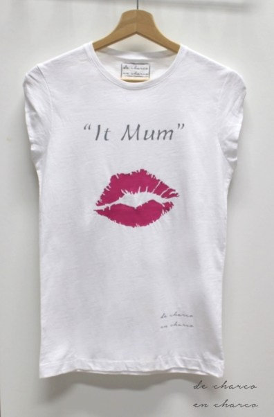 https://www.etsy.com/es/listing/267642445/camiseta-mujer-cuello-redondo-it-mum?ref=shop_home_active_15
