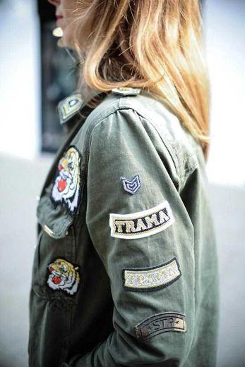 chaqueta verde militar www.decharcoencharco.com