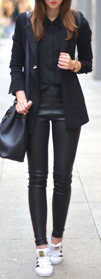 pantalones-de-cuero-negros-black-leather-pants-www-decharcoencharco-com