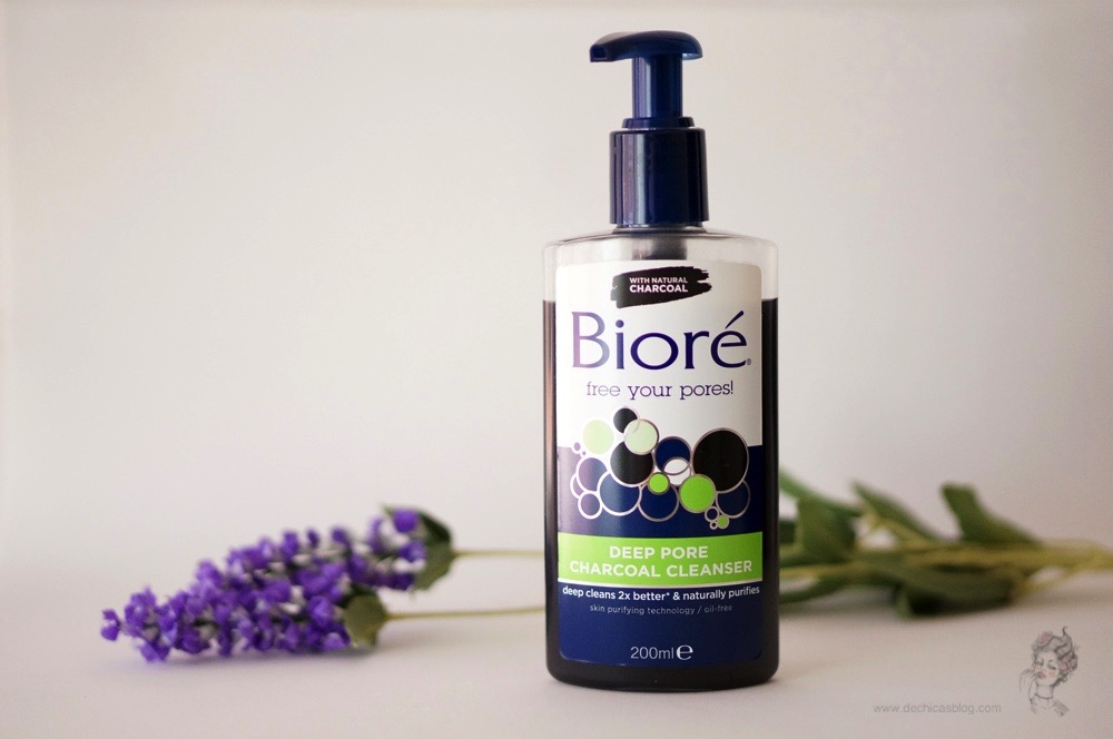 Deep pore charcoal cleanser de Bioré