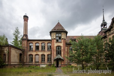 After the cookhouse, I went across the way to the Women's Sanatorium. Also built in 1902. Camera: Canon Rebel T3i
