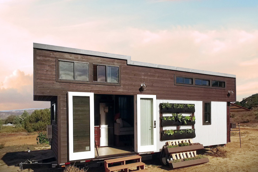 Tiny House Nation On Netflix Big Problems Can Arise