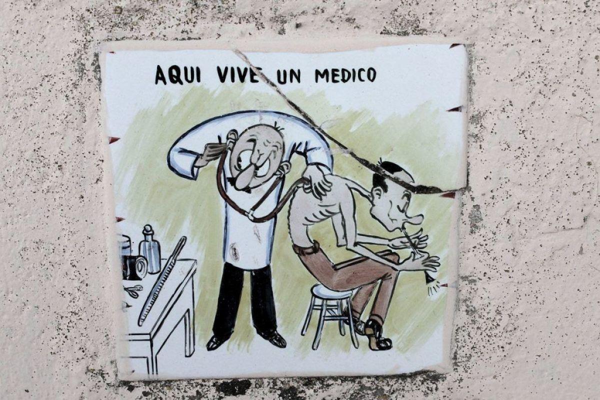 Aquí vive un médico