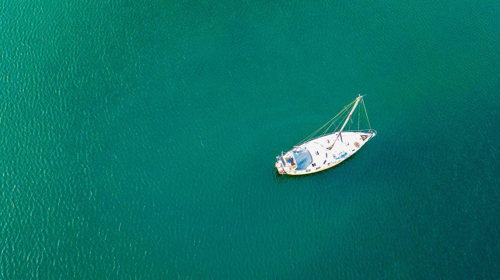 Barco sin rumbo