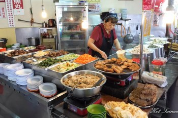 【台南美食】這間店有著台南唯一的稱號!想不到去哪吃來這就對了:悅津鹹粥