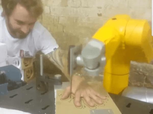 knife-wielding robot